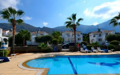 4 BEDROOM VILLA WITH COMMUNAL POOL ON THE OUTSKIRTS OF BELLAPAIS