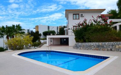 Immaculate 4 Bedroom Luxury Villa with Private Pool and Lovely Views – ESENTEPE